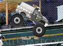 Monster Truck In Space hajts végig a pályákon
